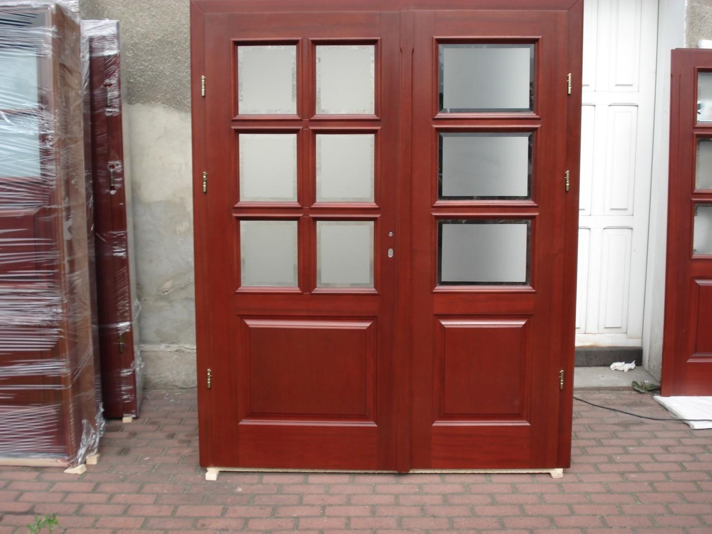 Krzemowski - woodwork manufacturer - External wooden doors on